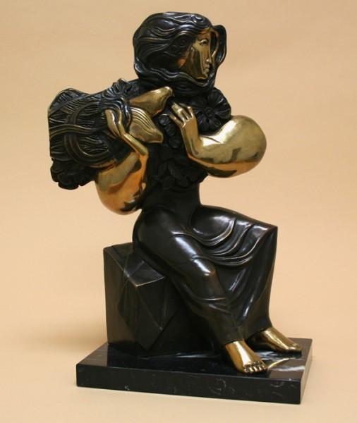 Mujer Sentada - AL_MS -YY