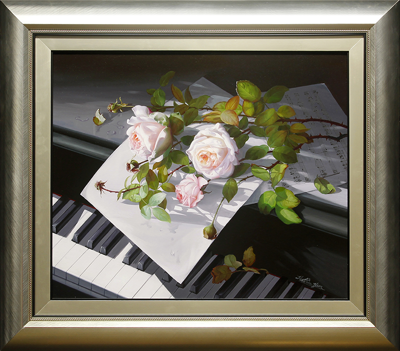 White Roses on Piano