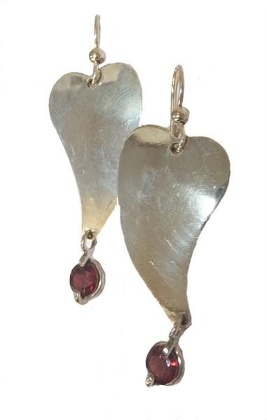 Earrings - Sterling Silver Bleeding Heart With Garnet E-855