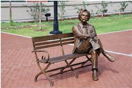 Mark Twain III - Bench - Lifesize